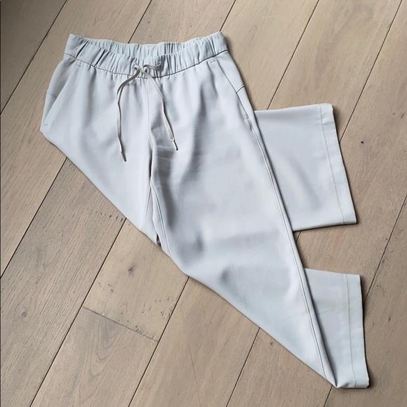 Lulu Lemon cropped pants
